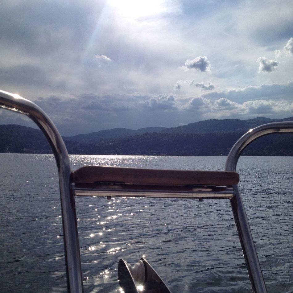 Lake Sun Boat Overthetop
