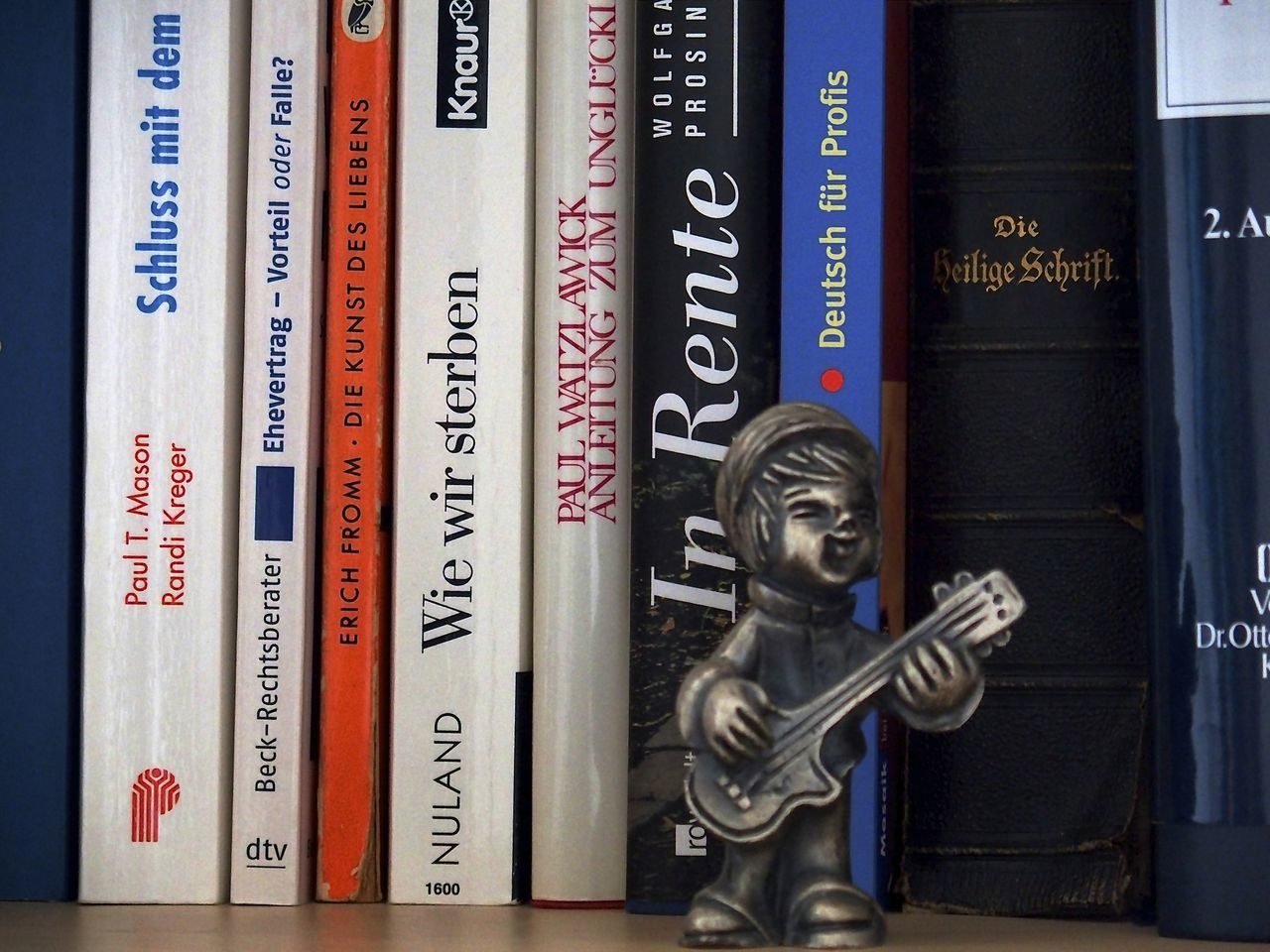 Books ♥ Bookshelf Bücher  Bücherregal Pensioner Pensioners Life Rentner Rentnerlifestyle