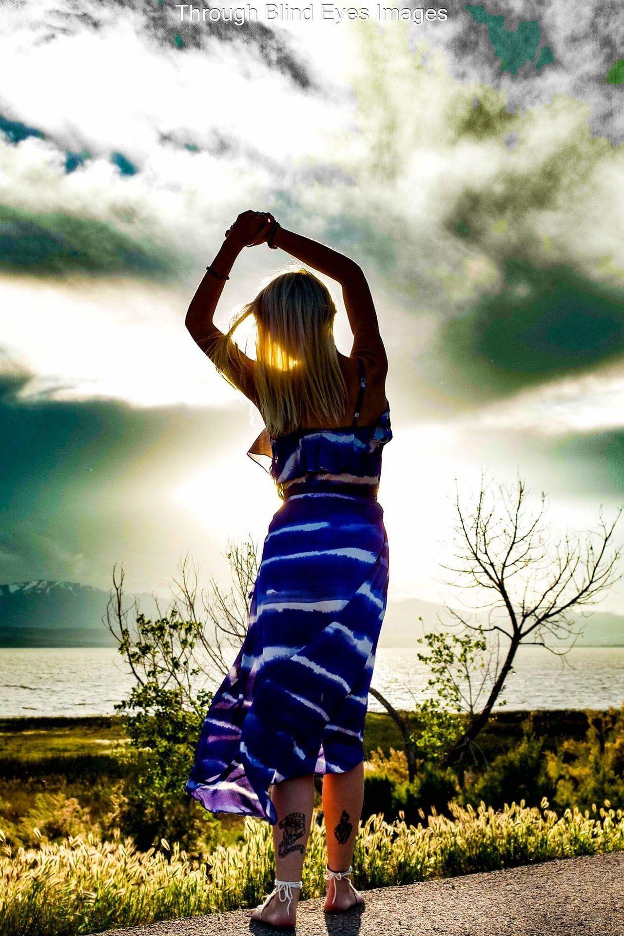 Natural Light Portrait Sunlight And Shade Outdoor Photography Portrait Inspirational Taking Photos Women Of EyeEm EyeEm Gallery The Portraitist - 2016 EyeEm Awards Portrait Of A Woman EyeEm Best Shots Portraits Of EyeEm Modeling Shoot Check This Out Eyeem Market Light And Shadow Sunset Silhouettes EyeEm Best Shots - Sunsets + Sunrise