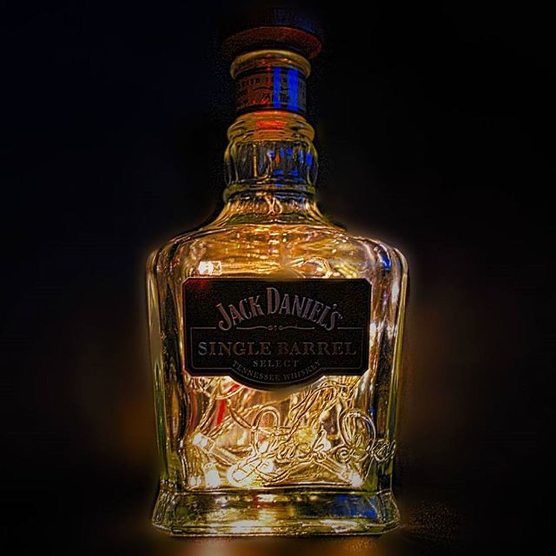 Playing with Christmas lights and an empty jack bottle. Still have the full one for Christmas day though !!!! Jackdaniels JD Lights Christmas Photography Amaturephotography Photoedit Photo Nikond3200 Nikonphotography Daily_photoz Photo Artsandcrafts Diylighting Jackdanielssinglebarrel Christmasdrinks