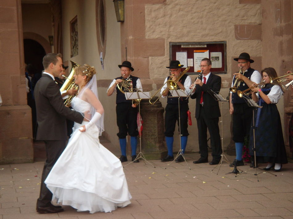 Arts Culture And Entertainment Brass Instruments Dancing Happy Day Marriage  Married Couple Music Musical Instrument Performance Group Playing Real People Waltzing