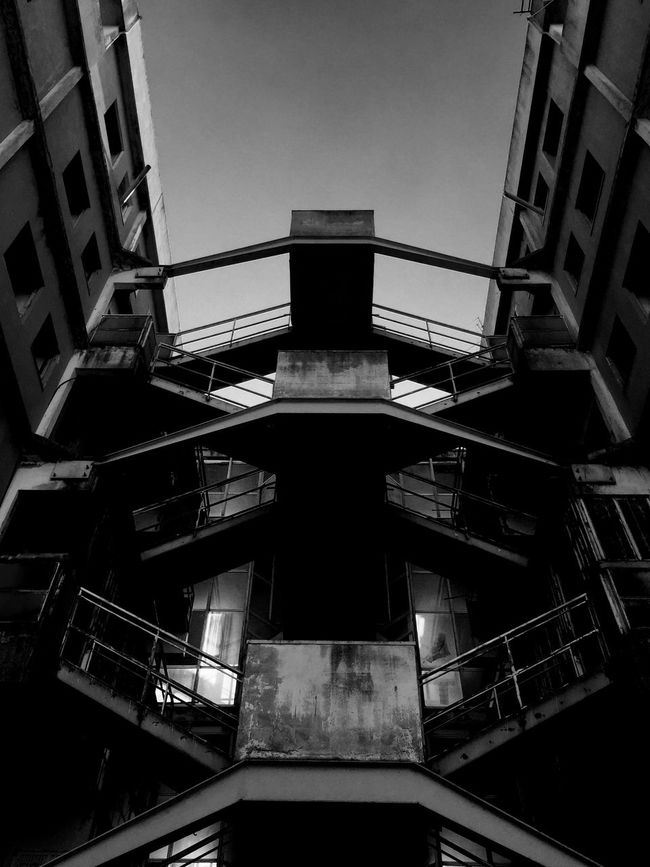 Scampia IPhoneography Walking Around Blackandwhite Shootermag TheMinimals (less Edit Juxt Photography) Notes From Babylon Iphonephotography Youmobile Discover Italy / With Ale Taking Photos Architecture_bw Architecture