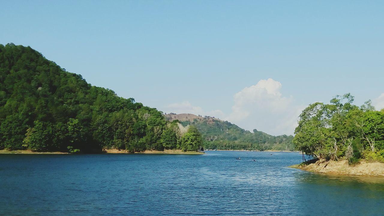 Lake Taking Photos Enjoying Life Riamkanan