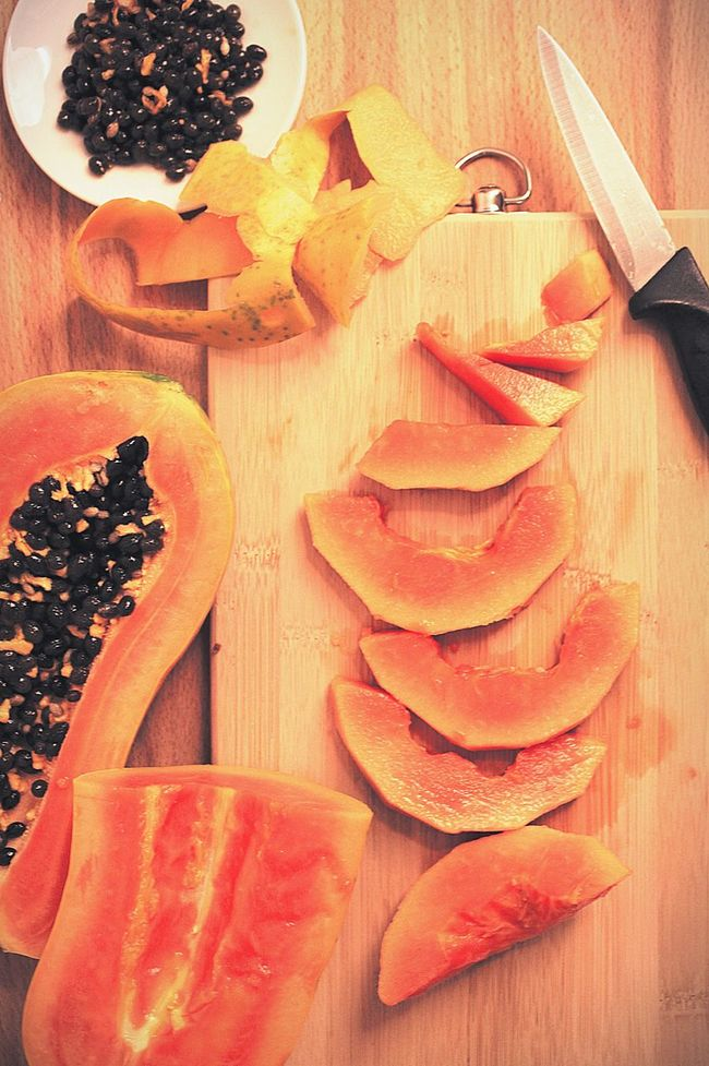Sweet Food Papaya Wooden Background Breakfast Time Fruits And Yogurt Fruit Salad Fruitsnacks Veganism Vegan Food Cooking With Fantasy Fresh Fruits Fresh Food Cutting Fruits Cutting Board Fruits My Favorite Breakfast Moment Natural Lifestyle Vegetarian Diet & Fitness Daily Life Healthy Food A Bird's Eye View