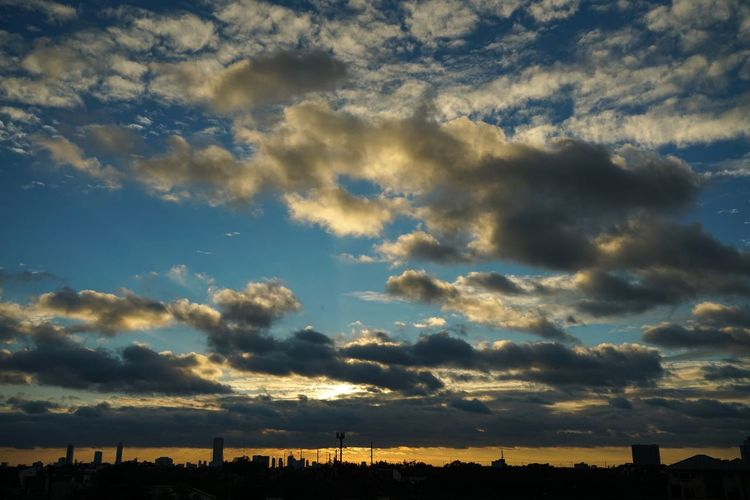 Cloud - Sky Sky Beauty In Nature After the storm Scenics Sunset Nature Dramatic Sky Tranquility No People Tranquil Scene Silhouette Outdoors Day Clearing Storm Weather Cityscape Rooftops Tropical Storm Houston