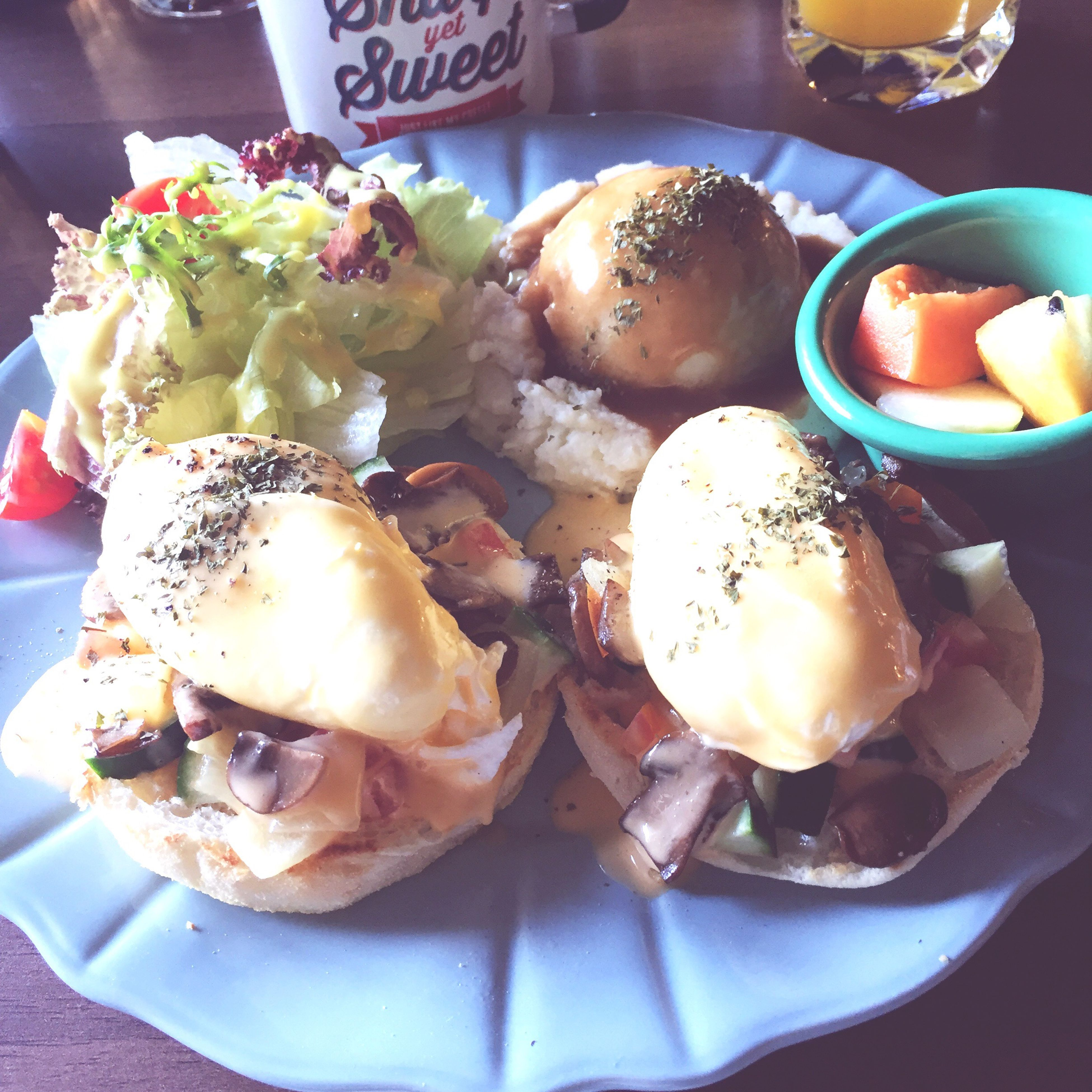 Today's Brunch Food JC CLUB Egg Benedict Taiwan Tainan
