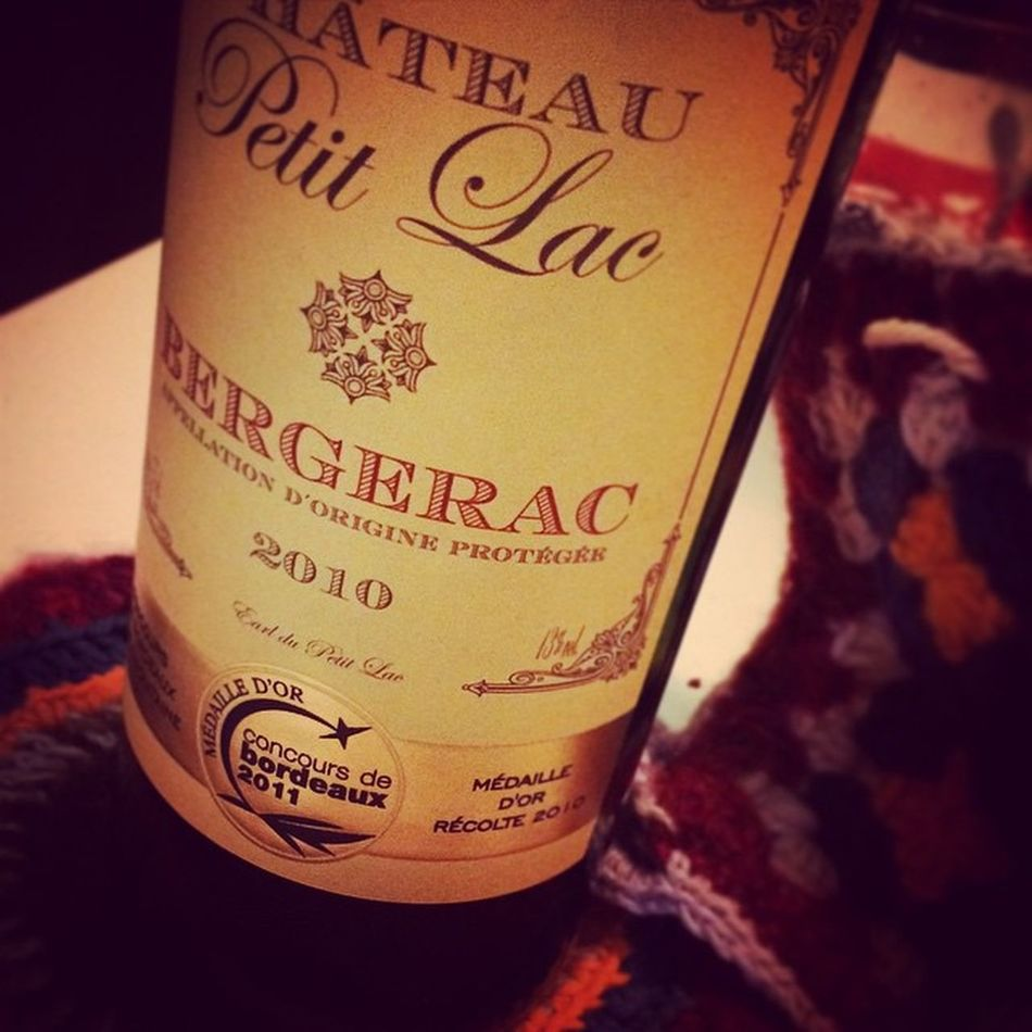 HoHoHo ! It's Bergerac time guyz! Wino Redwine Instawine Xmastime PatchworkWine 😁😘👌🍷👍🎄❄️😘