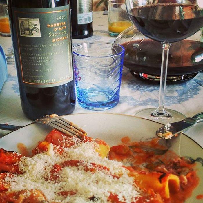 MerryChristmas Cannelloni Xmas Natale  Buonnatale Wine Redwine Barbera  Buonnatale Italia Italianfood Italianfoodbloggers Riserva Red