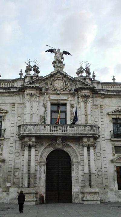 Hello World Enjoying Life Mi Ciudad My Town Sitiosconencanto Universidad De Sevilla España🇪🇸