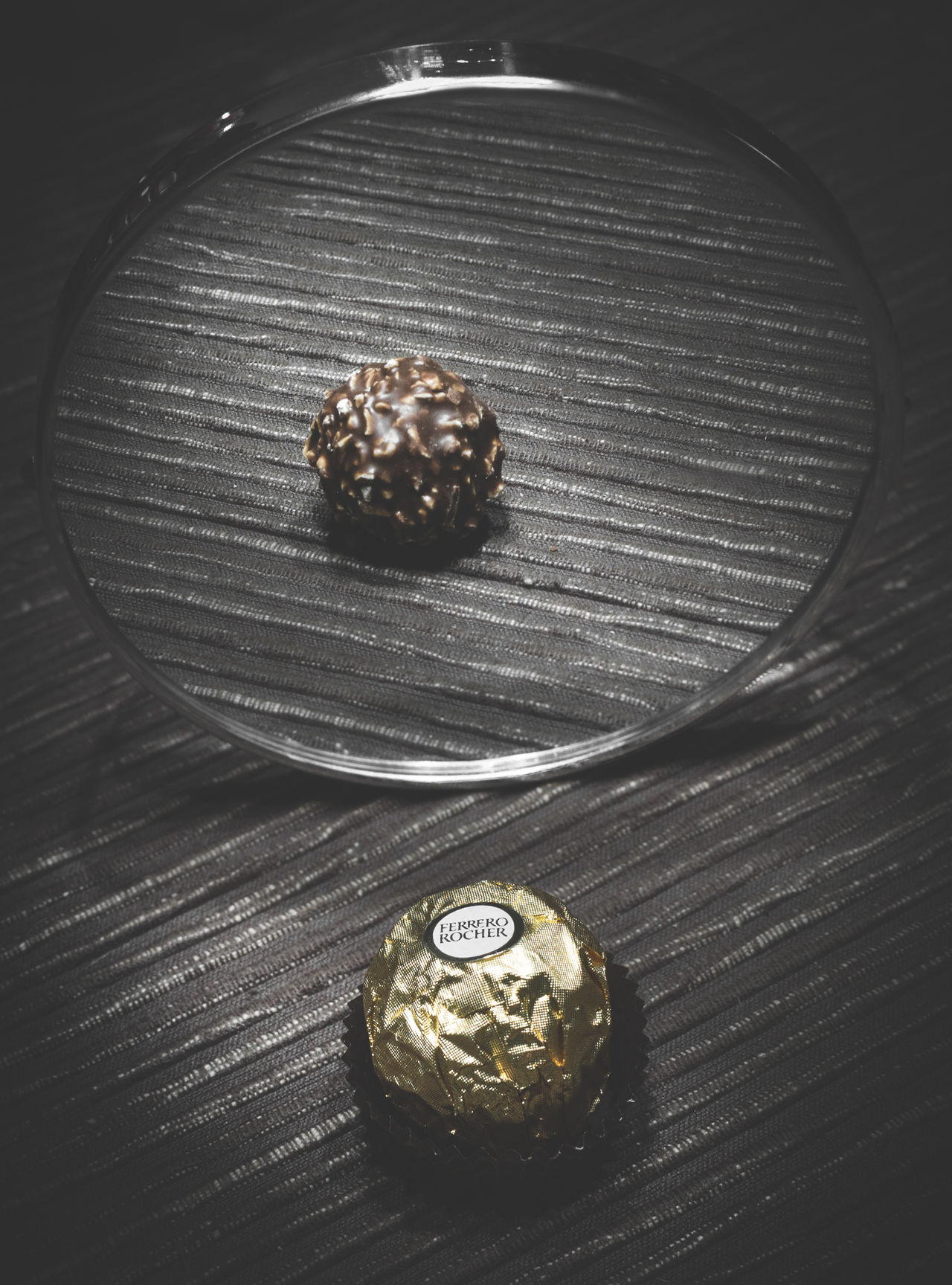 [ still mirror Rocher ] Chocolate Day Edit EyeEm EyeEm Best Edits EyeEm Best Shots EyeEm Best Shots - Nature EyeEm Gallery Ferrero Ferrerorocher Food Gold High Angle View Indoors  Mirror Still Life Table Taking Photos