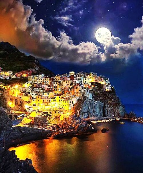 Night Moon Full Moon Travel Cloud - Sky Mountain Sky Planet - Space Outdoors Landscape City No People Architecture Star - Space Water Space Cityscape