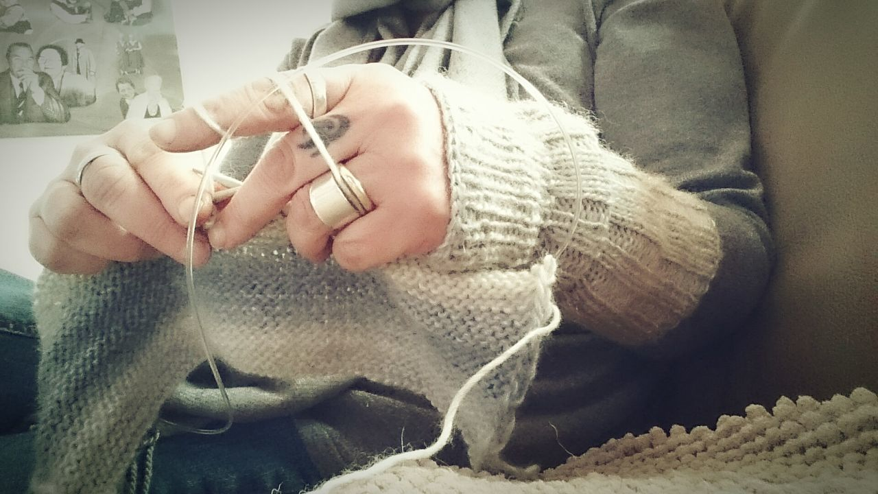 Stricken One Person Warm Clothing Day Cold Temperature Indoors  Knitting Stricken Nadeln Hobby