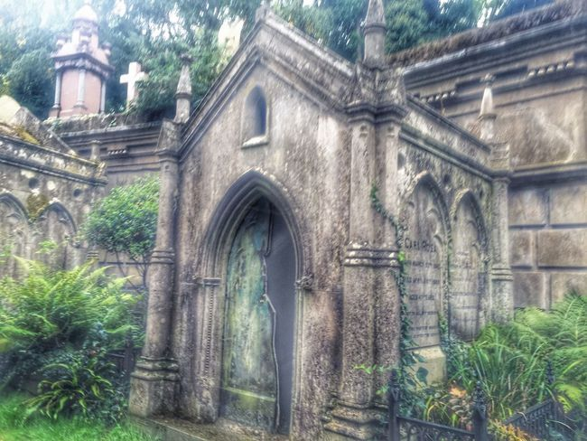 Beauty Redefined Architecture Built Structure Building Exterior No People Low Angle View Religion Mausoleum Landscape Outdoors Nature Close-up Cemetery_shots Structure Structures Nature On Your Doorstep Graveyard Beauty
