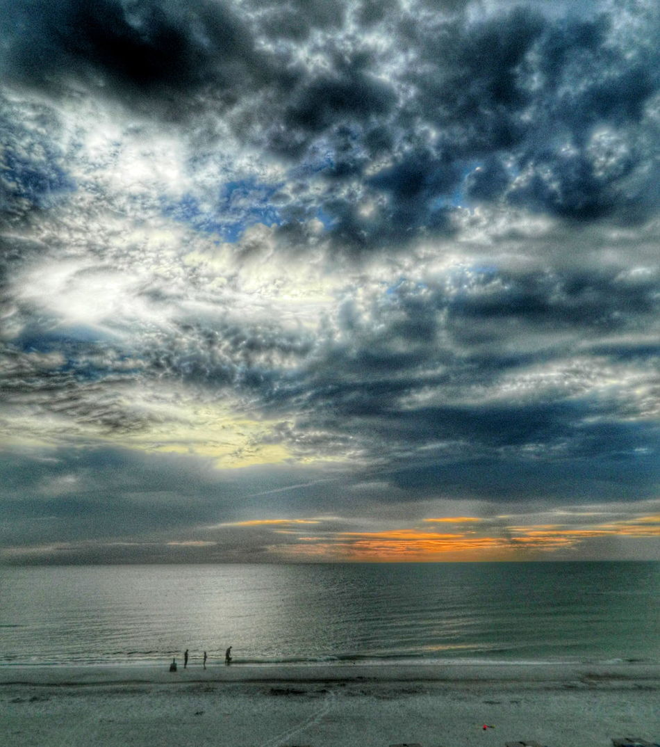 Atmosphere Atmospheric Mood Cloud Cloud - Sky Cloudscape Cloudy Distant Dramatic Sky Dusk Majestic Moody Sky Orange Color Outdoors Overcast Silhouette Sky Storm Cloud Sunset Tranquility