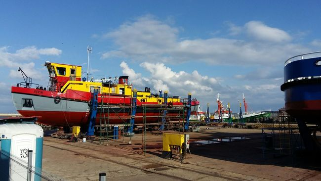 Sky Cloud Cloud - Sky Multi Colored Day Outdoors Cloudy Colorful Stocznia Poland Ships⚓️⛵️🚢 Ship Poland 💗 Shipping  Polska Harbor Wladyslawowo Shipping  Commercial Dock Sailing No People Władysławowo Sailboat