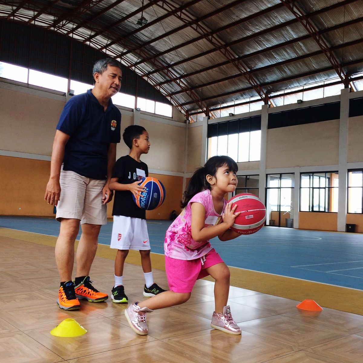 Basketball girl Basketball Basketballgirl Basketball Training Basketball - Sport Indoors  Coach People Physical Education