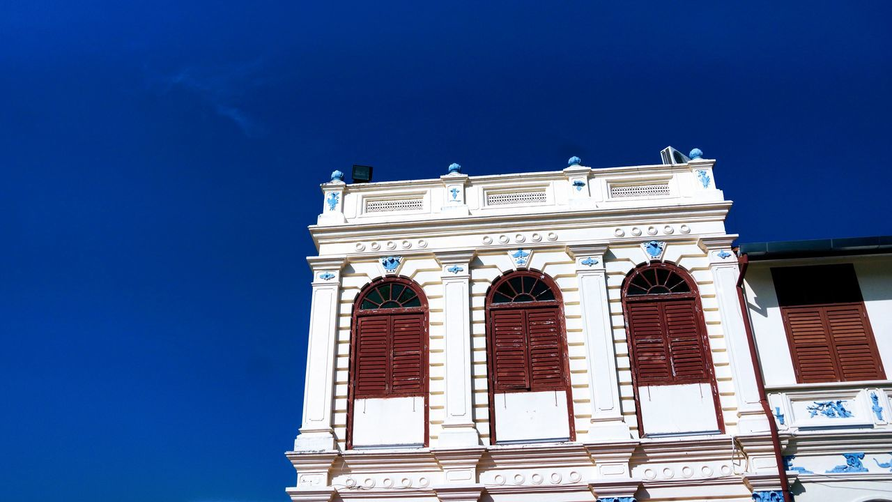 Clear blue skies with a white colored building Georgia UNESCO World Heritage Site White Building World Heritage Architecture Blue Blue Sky Building Exterior Built Structure Clear Sky Day Low Angle View Malaysia No People Outdoors Pen Sky Window