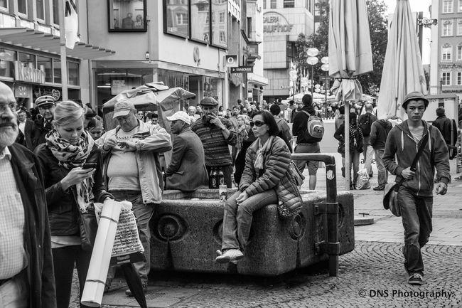 Relaxing Enjoying Life Streetphotography Blackandwhite Photography City Street Monochrome Urbanphotography Nikonphotography Enjoying Life Street Photography Lovecity