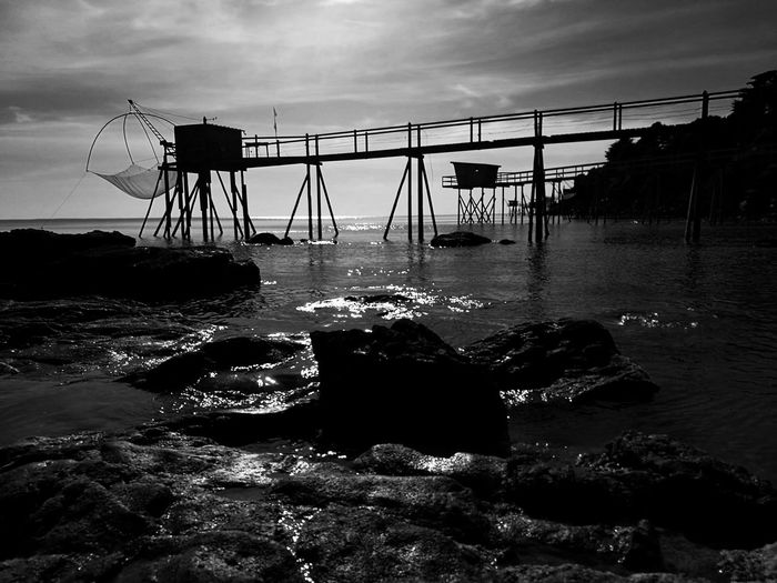 B&WPhoto B&W Collection Monochrome Collection Monochrome Photograhypêcheries Fisheries Building Fisheries Beauty In Nature No People Wood - Material Plage 🌴 Rocks And Sea Travel Destinations Horizon Over Water Beach Life Beach Scenics Landscape LoireAtlantique Pêcheries Loire-Atlantique La Bernerie En Retz F France🇫🇷 HuaweiP9 Black And White Seaside La Bernerie en Retz The Architect - 2017 EyeEm Awards Neighborhood Map BYOPaper!