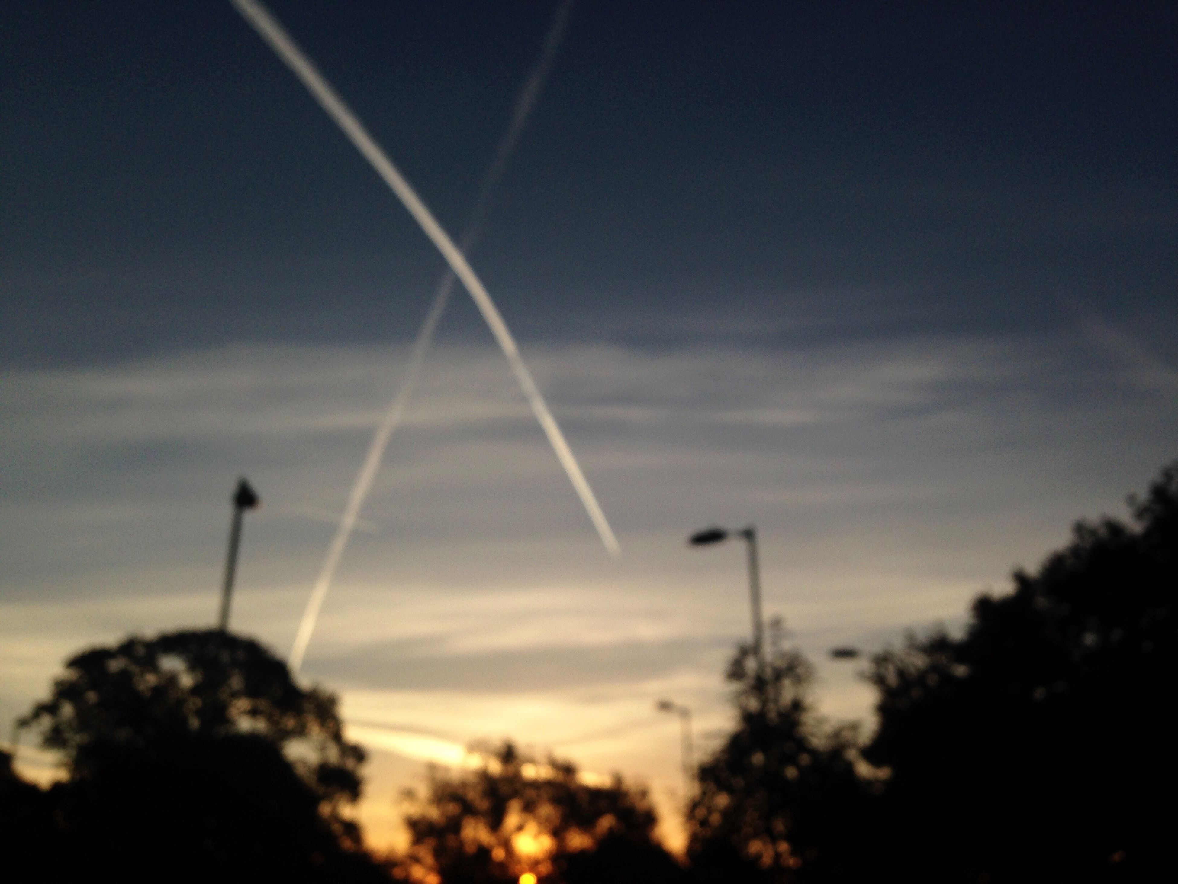 vapor trail, nature, sky, low angle view, no people, outdoors, day