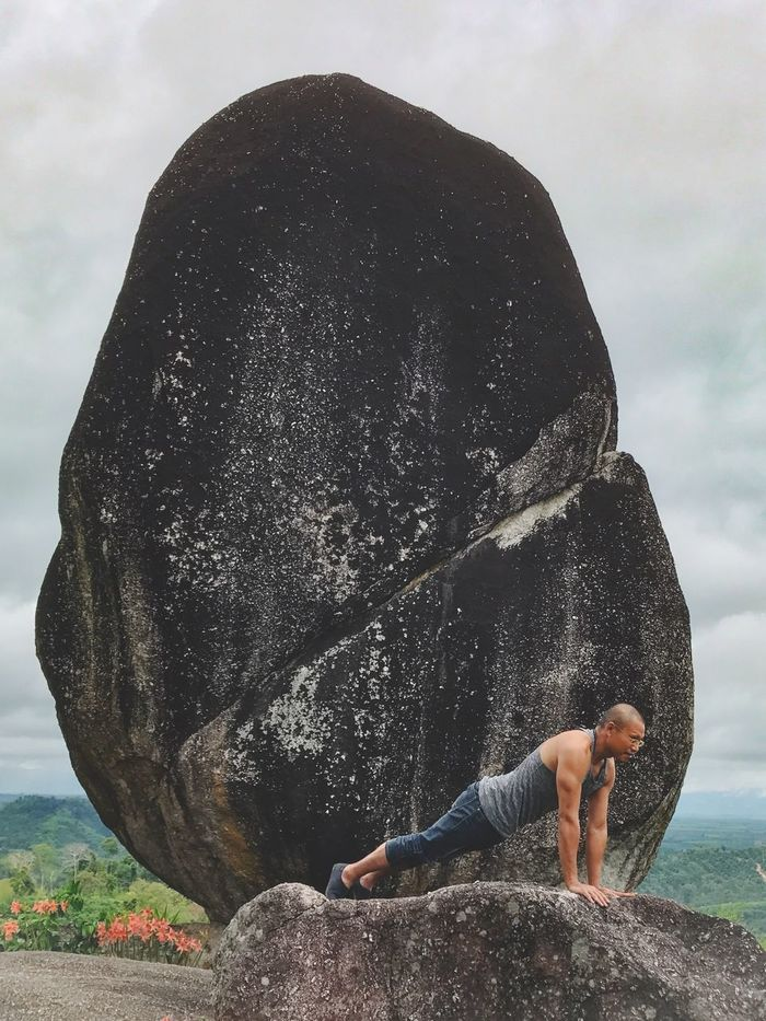 The Great Outdoors - 2017 EyeEm Awards Yoga Balance Rock - Object One Person Leisure Activity Real People Day Outdoors Lifestyles Exercising Water Healthy Lifestyle Nature Sky Outdoor Beauty In Nature Strength Full Length Man Flexibility Stone Rock Formation Nature The Great Outdoors - 2017 EyeEm Awards