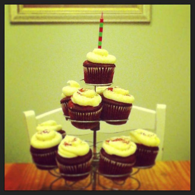 Birthday cupcakes!! Sweet16 16 Birthday Redvelvetcupcakes 2013 icing redsprinkles red