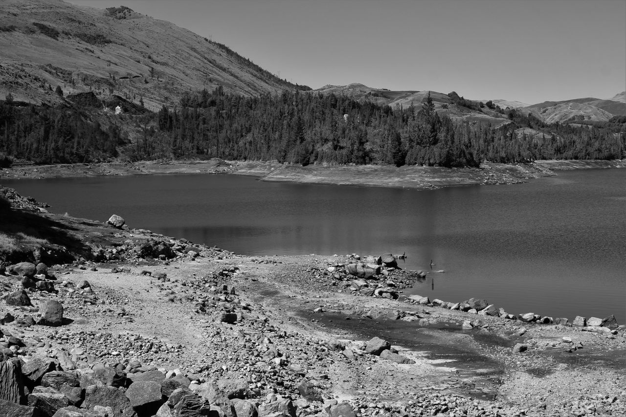 Black & White Black And White Photography Blackandwhite Blsckandwhite Day Lake Landscape Mountain Nature No People Outdoors Scenics Tranquil Scene Water