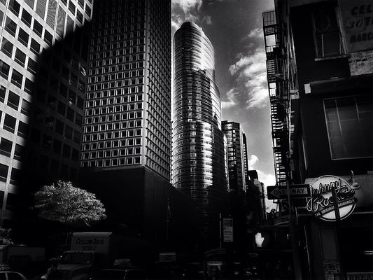 blackandwhite in New York City by Nikos Vosniadis