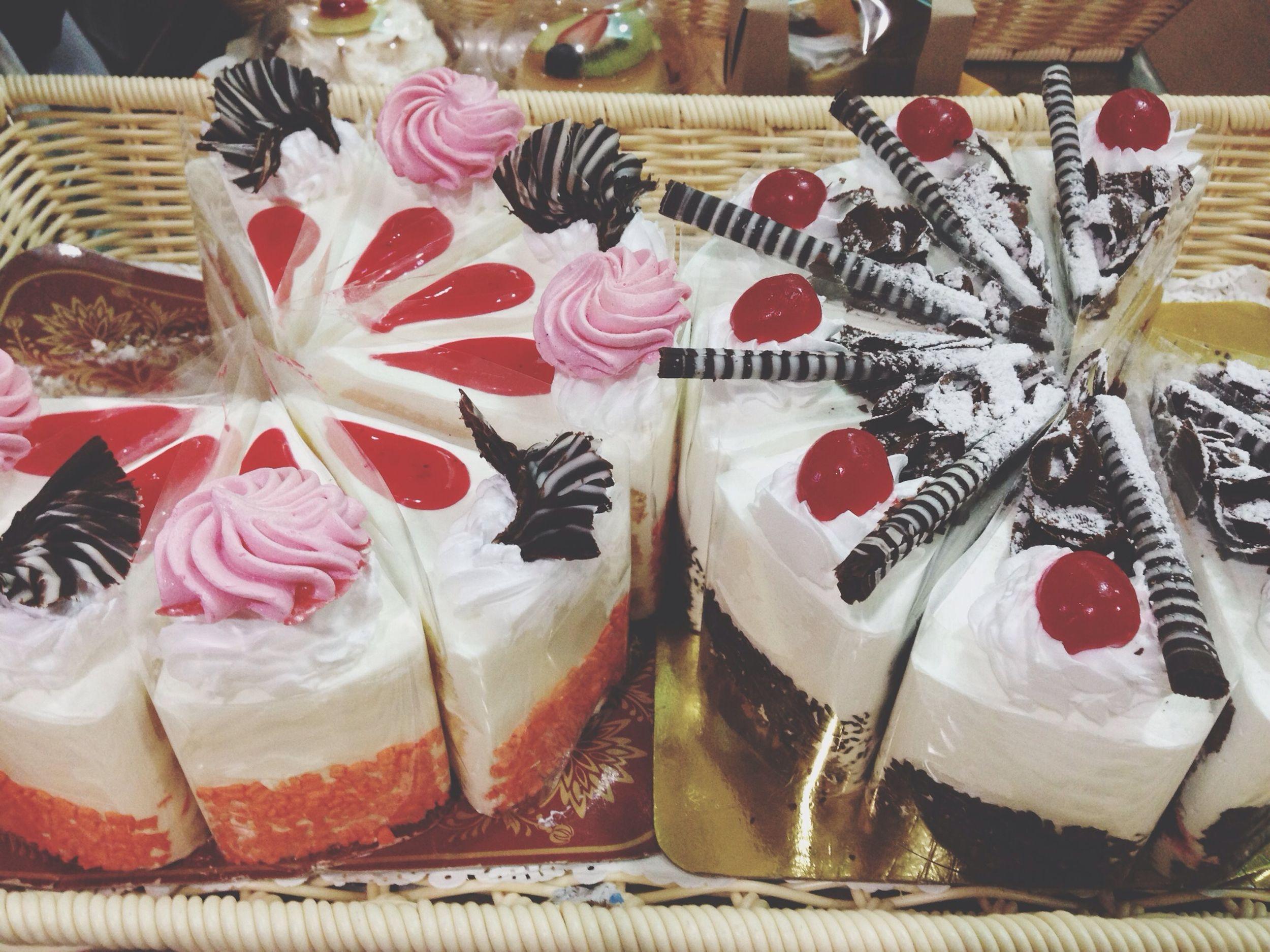 """Dessert """" มีของว่าง มายั่ว อีกแระ ตลอดๆๆ เบย """""""