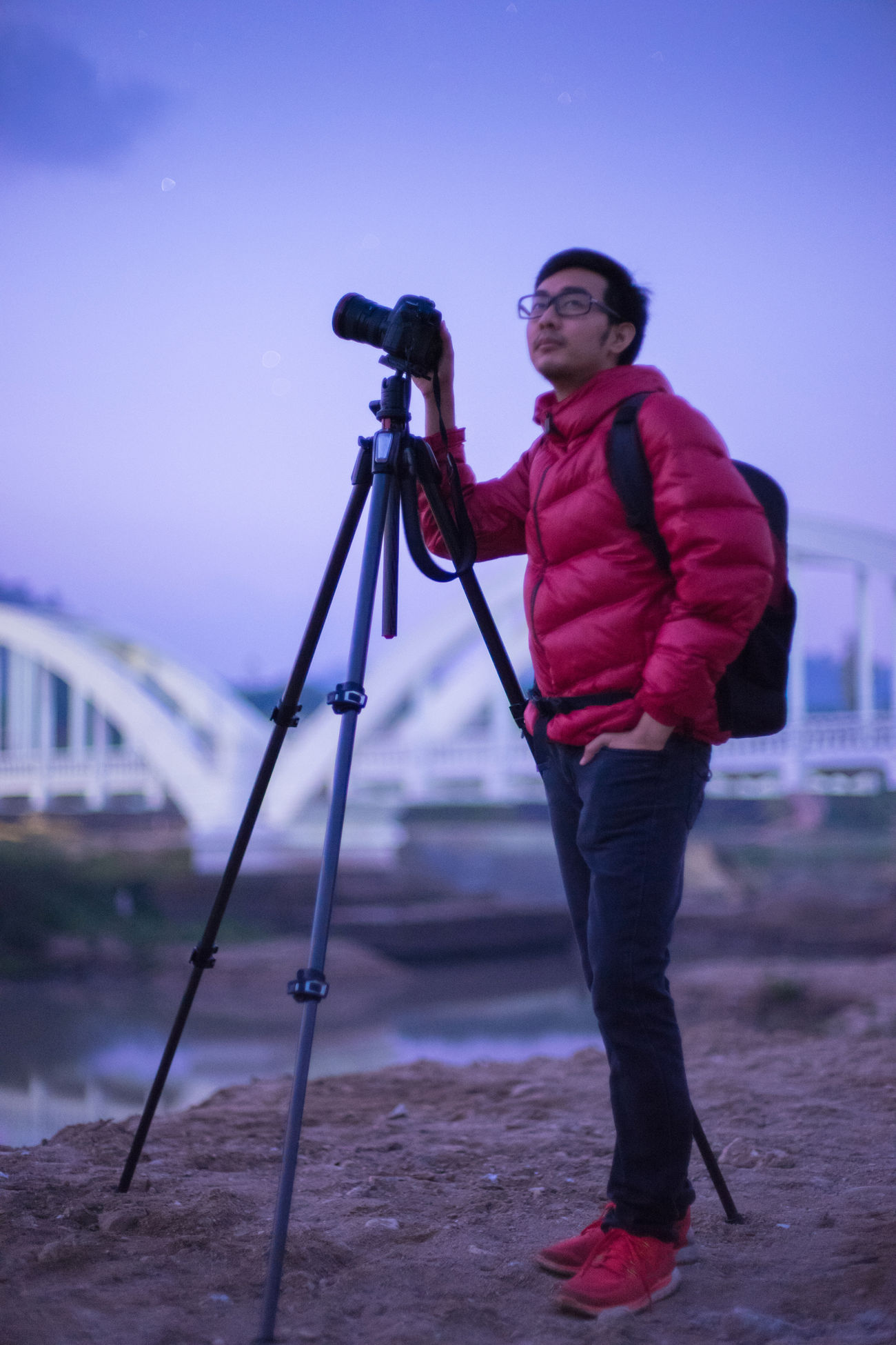 Me Adult Adults Only Asian  Camera - Photographic Equipment Cold Day Filming Full Length Leisure Activity Man Men Nature Nightphotography One Person Outdoors People Photographer Red Sky Smiling Standing Thailand_allshots Tripod Young Adult