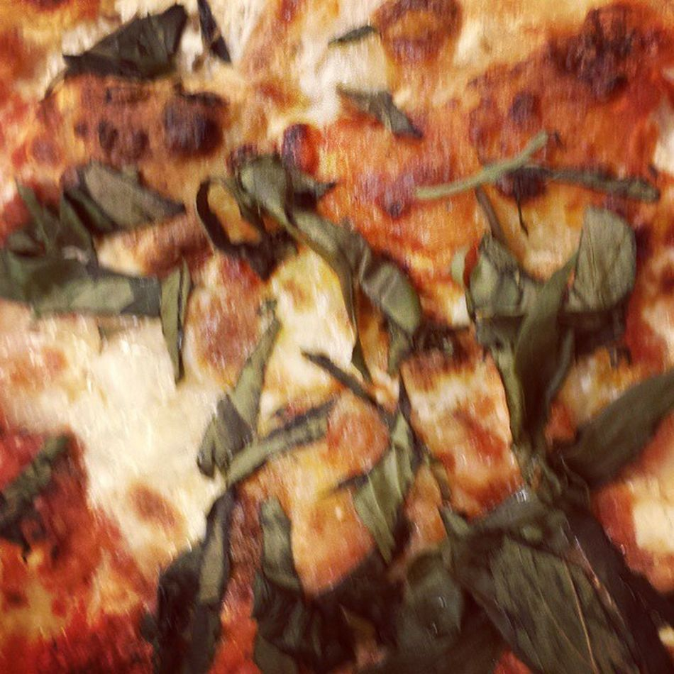 Thank you for lunch ARC!!! Definitely made this ad hoc meeting easier to swallow... HarrysPizza Lunchtime Pizza Thincrust marinarasauce mozzarellacheese basil garlic margherita NewYorkstyle eatandenjoy livewell laughoften lovemuch LASH