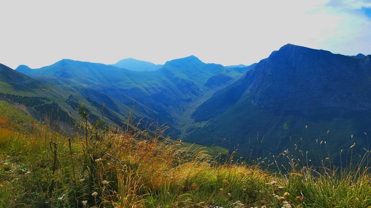 Happy Saturday!! Saturdaysong_eyeemchallenge Somewhere Over The Rainbow Mountain View My Planet Is Beautiful