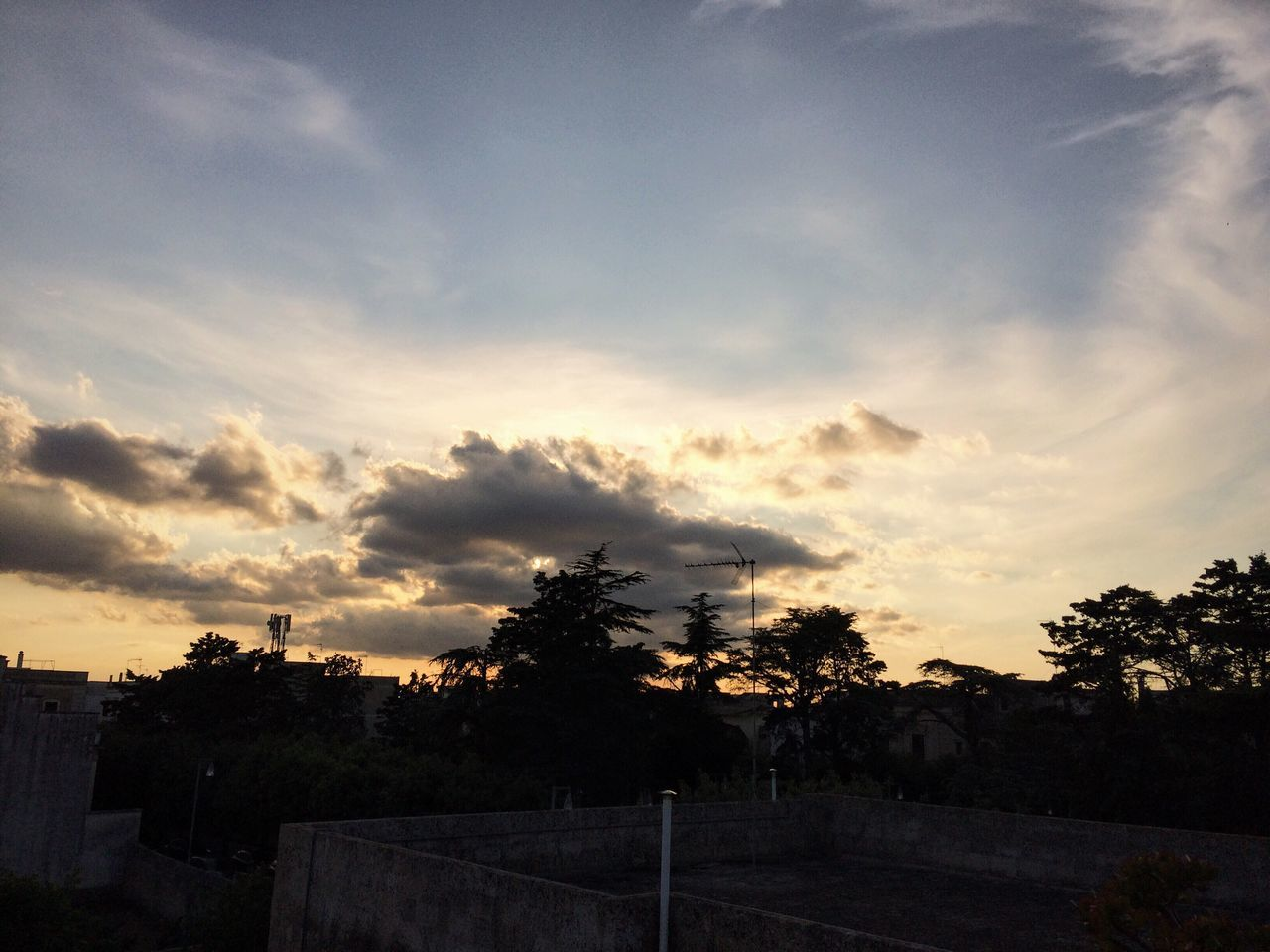 cloud - sky, sky, no people, sunset, silhouette, tree, scenics, beauty in nature, nature, tranquility, outdoors, landscape, day