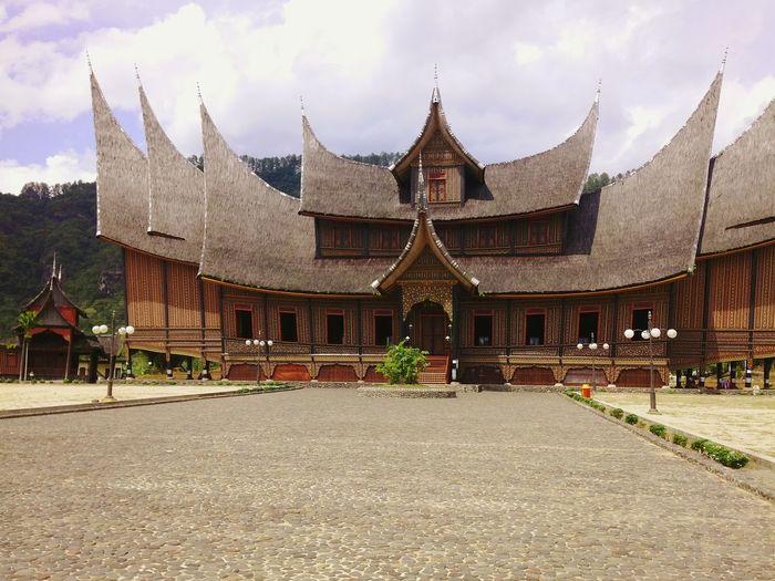 Great Gadang House