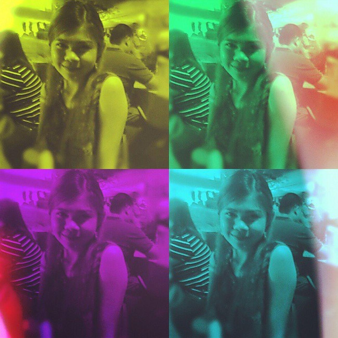 At rampada street party... Igers Igpose Igcapture Igshot Instagram Instacapture Instapose Party Followme Followback Saturday Loveit Happy