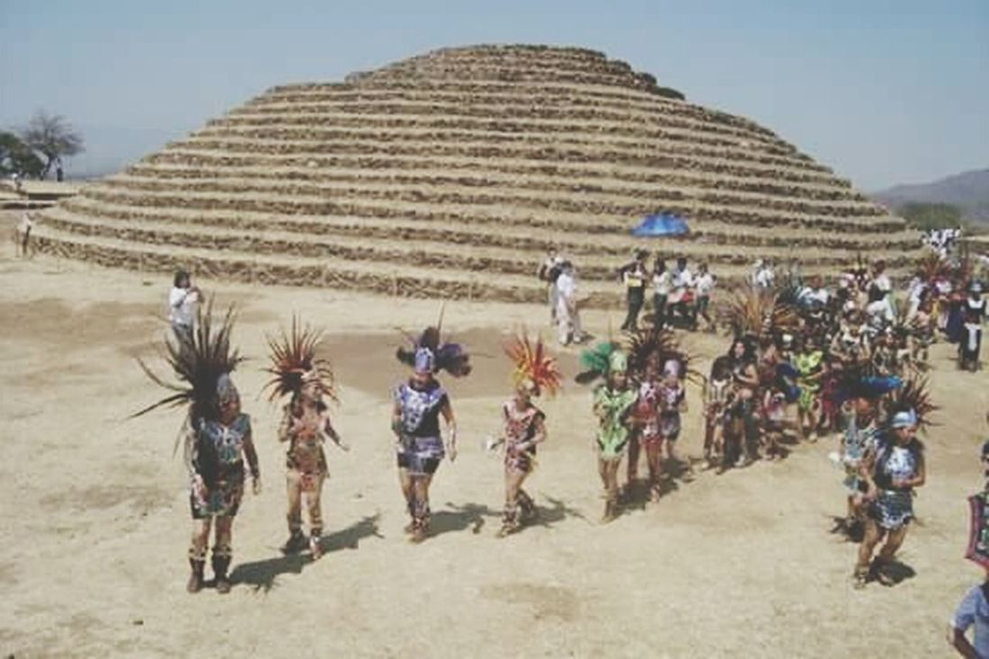 Outdoors Day People Historical Monuments Historical Place Cultura Mexicana Cultures Piramid Pirámides Equinoccio Equinox Day Danzantes