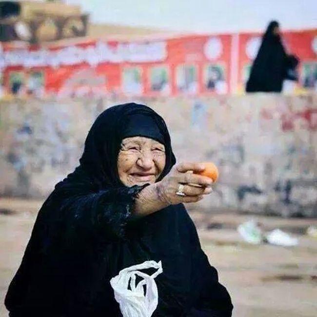 Simple Kind and Generous ??? ..an Iraqi  grandma
