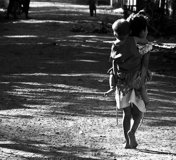 On the village road .World_bnw Bnwmood Show_us_bnw Bw_in_bl Bnw_igers Igersmyanmar Bnw_kings Ig_impulse_bw Vintagevip_bnw Bnw_planet Blackvisionprojects Masters_in_bnw Ig_contrast_bnw Best_expression_bnw Igclub_bnw Loves_people Be_one_bw Total_bnw Igphotographers Icapture_bnw Ig_energy_bw Loves_bnw Greatestbnw Bwzgz Friendsinperson loves_cultures rustlord_bnw pocket_bnw loves_united_team