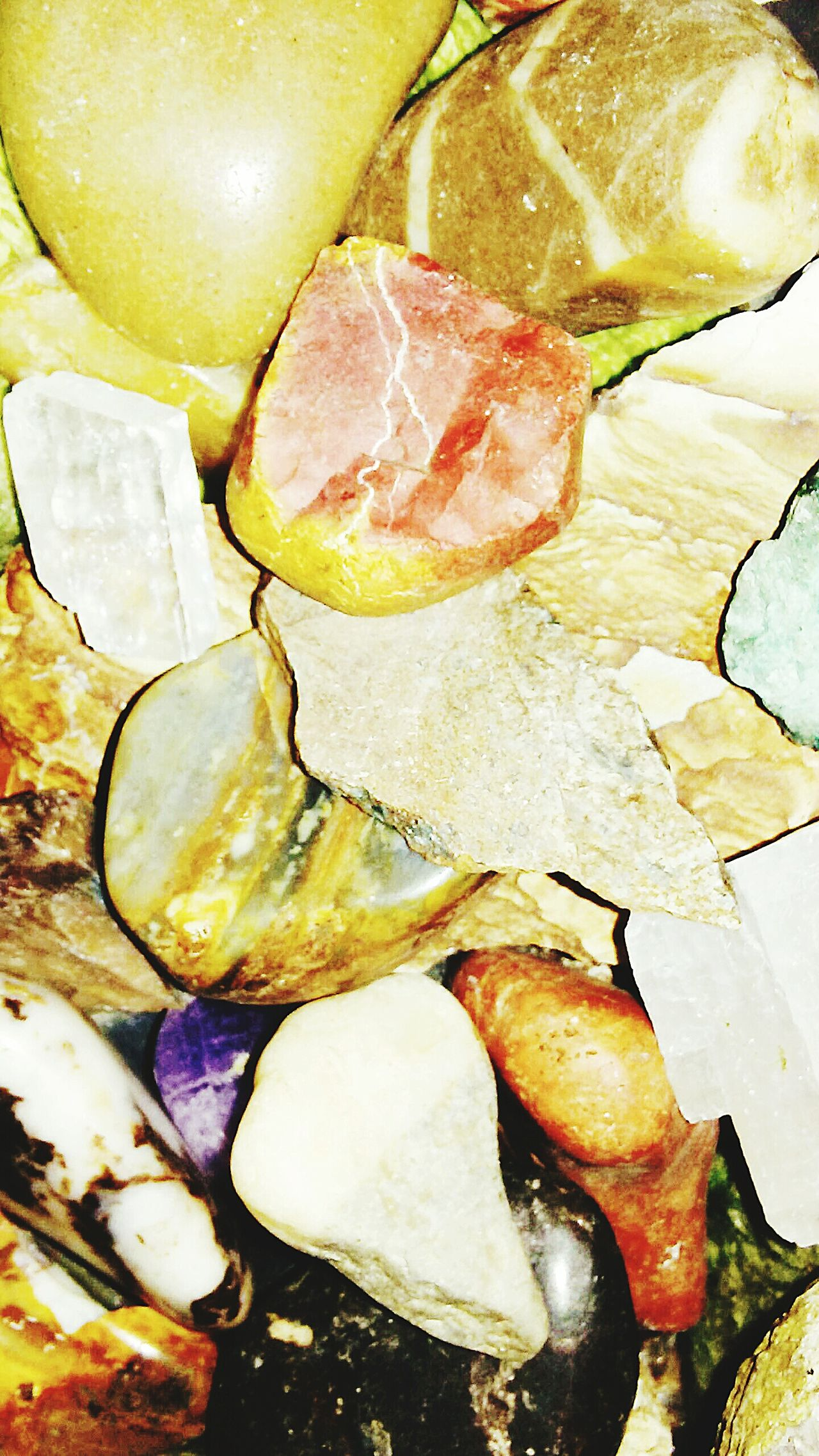 Close-up No People Backgrounds EyEmNewHere Textured  Full Frame Large Group Of Objects Landscape Lieblingsteil Uniqueness Indoors  Geology Nature Pile Of Stones Rocks Shiny Collections Science Rocks Collecting Rocks Beauty In Nature EyeEmNewHere
