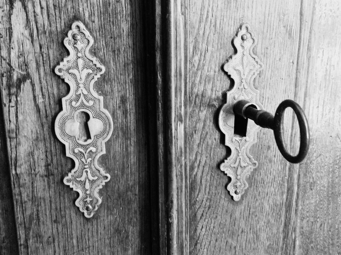 Antique furniture Classic Antique Old Wood Locks Key B&w Close-up Timeless Design Oldy Worldy In My World Me On Eyeem Mytake Abstract Digital Backgrounds Old-fashioned Vintage Through My Lens