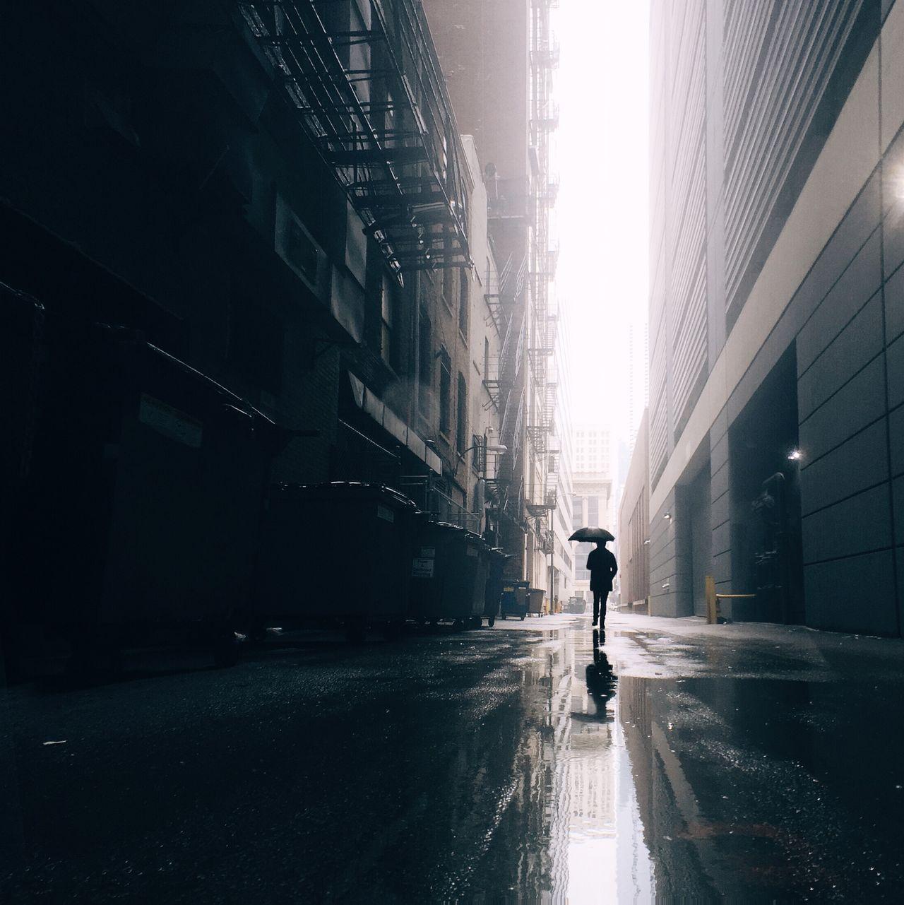 Beautiful stock photos of umbrella, Architecture, Building Exterior, Built Structure, Chicago