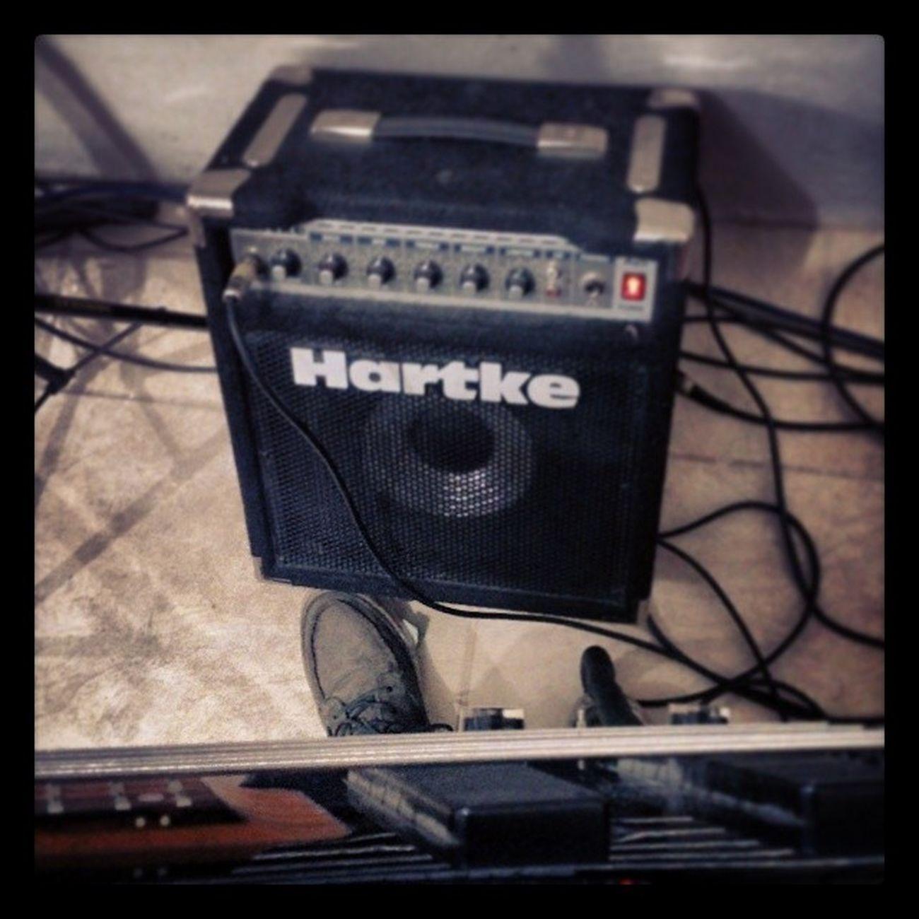 Listo Hartke Bass