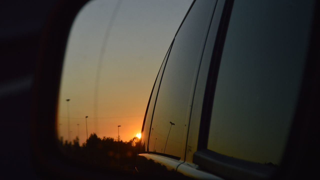 Cantabria In The Rearview Nikon Nikon D3200 Puesta De Sol Puesta De Sol En La Carretera Puesta Del Sol Puestadelsol Puestadesol PuestasDeSol Rearview Rearview Mirror Rearview Mirrow Rearviewmirror Rearviewmirrorshot Retrovisor Sunset Sunset_collection Sunsets View From My Rearview Mirror