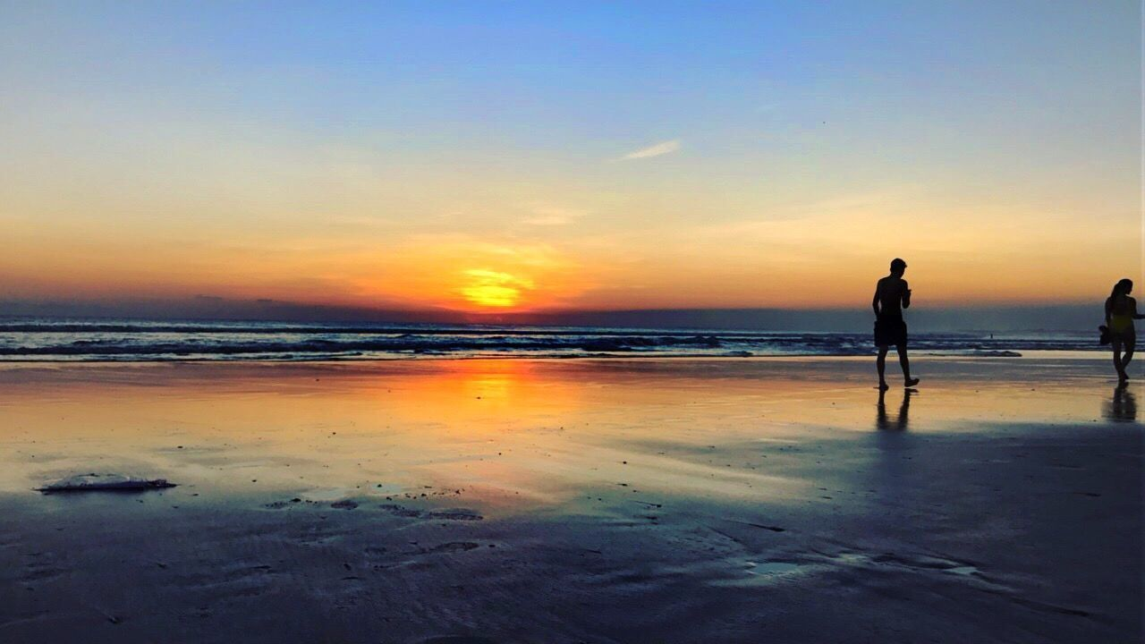 When the sun and earth collides. Sunset Beach Water Beauty In Nature Horizon Over Water Tranquil Scene Vacations Wanderlust Silhouette Bali Ig_bali Beachphotography Travel Photography Travelphotography Romance