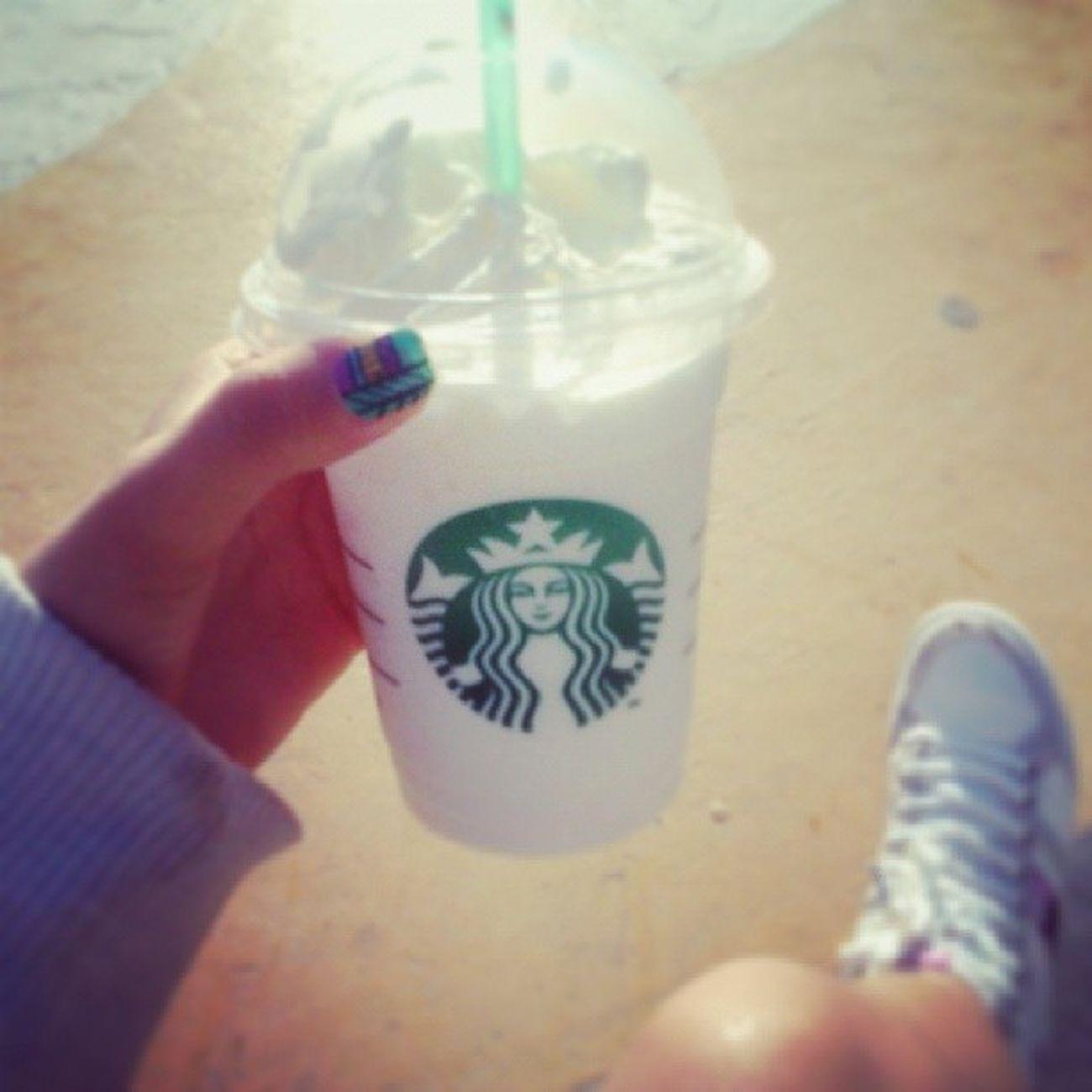 Manicure Starbucks Vainilla Hand me instafiltro follow4follow swag