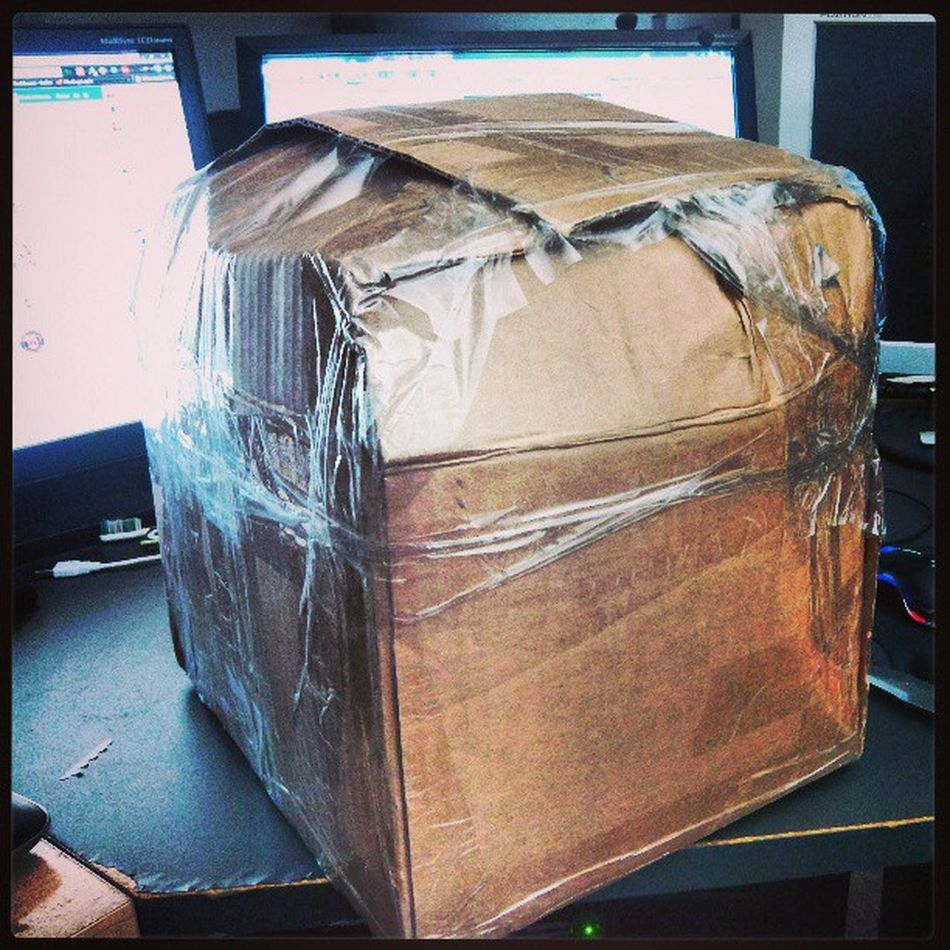 This is by far the WORSE wrapped package I have ever received. Worsepackgeever