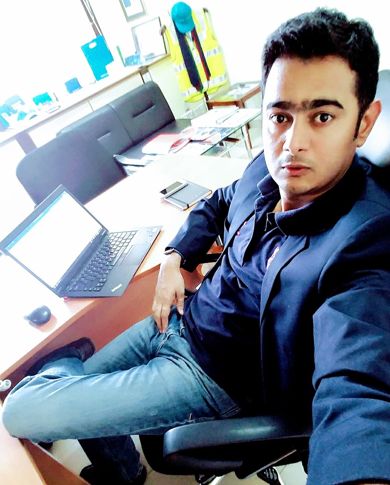 Business Men One Person People Adult Young Adult Businessman Adults Only One Man Only Me Hello World That's Me HERO Today's Hot Look Pakistan Rathod Check This Out Karachi Man Hi! Actor Glamour Portrait Casual Clothing Well-dressed