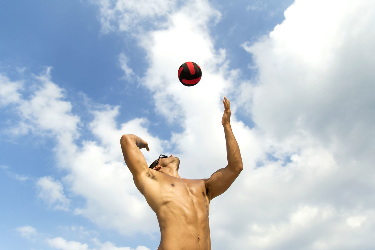 Beautiful stock photos of volleyball, 25-29 Years, Arms Raised, Ball, Caucasian Ethnicity