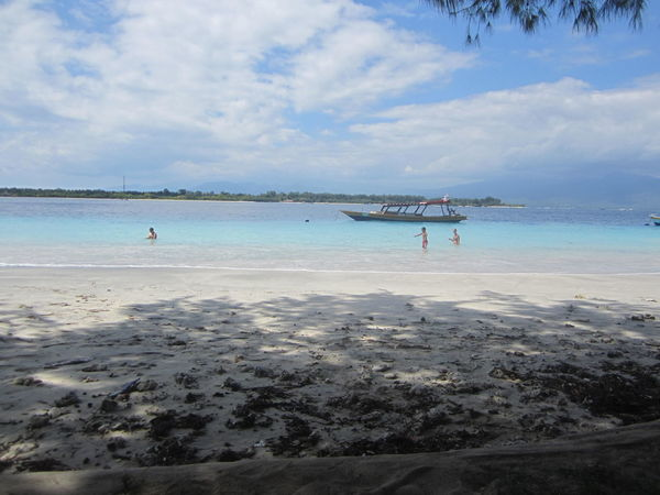 ASIA Backpacker Bali Beach Beauty In Nature Calm Gili Trawangan Horizon Over Water INDONESIA Landscape Lombok-Indonesia Nature Outdoors Paradise Sea Sea And Sky Tranquil Scene Tranquility Tranquility Travel Wanderlust Water White Sand