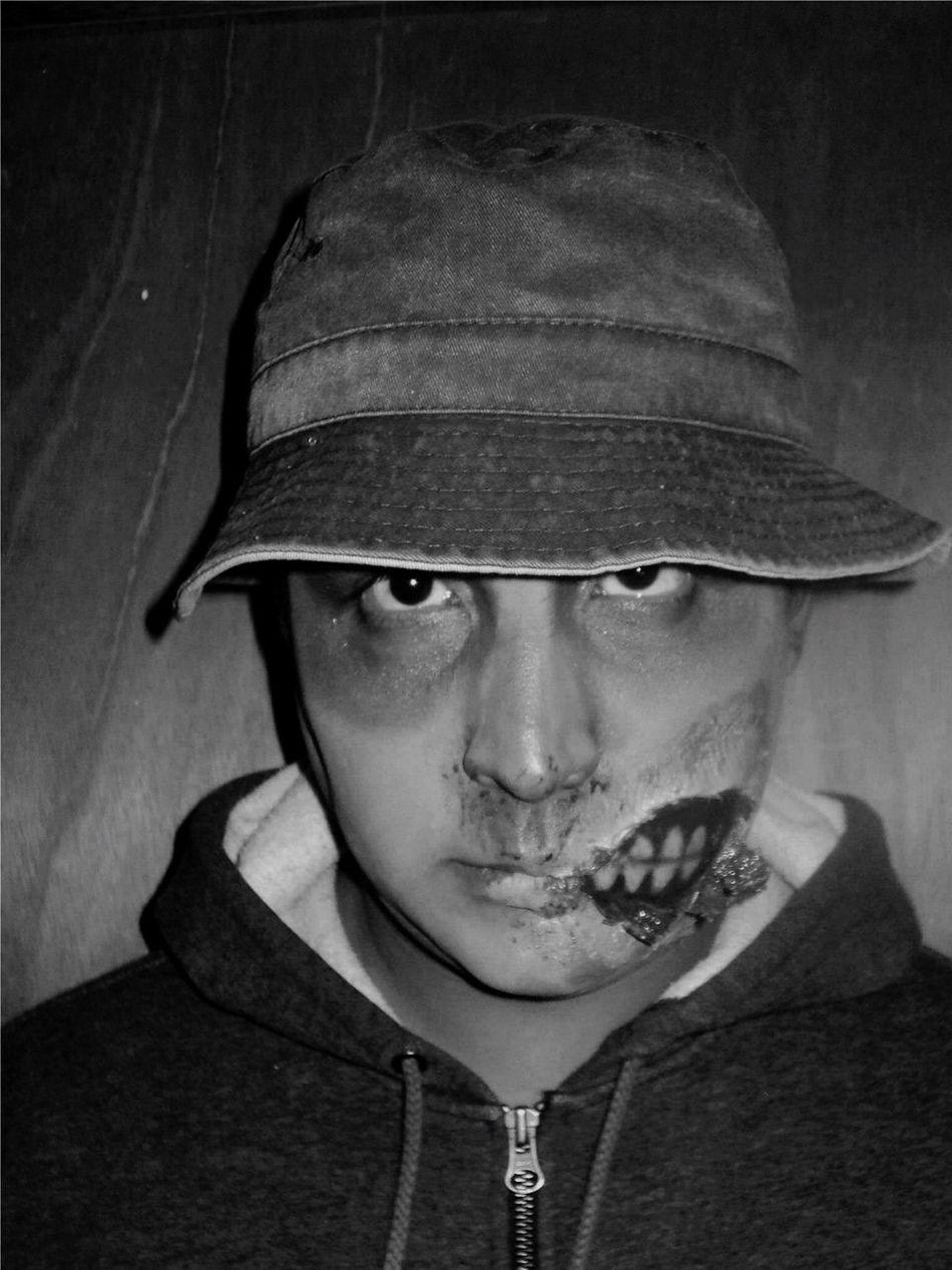 Beautiful stock photos of zombie, Bizarre, Casual Clothing, Caucasian Ethnicity, Celebration
